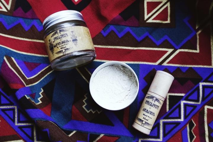 Zero Waste Makeup Review| Dirty Hippie Cosmetics| The BloodyWriter
